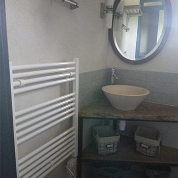 Salle d'eau Gîte le Mûrier